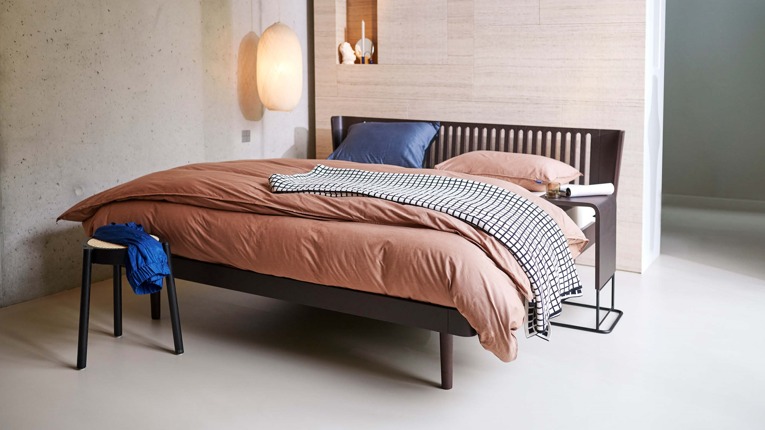Choclate Noa bed van Auping